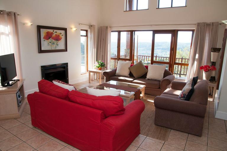 Pezula Realty and Letting, Knysna 3 bedroom golf villas www.pezularealtyandletting.co.za